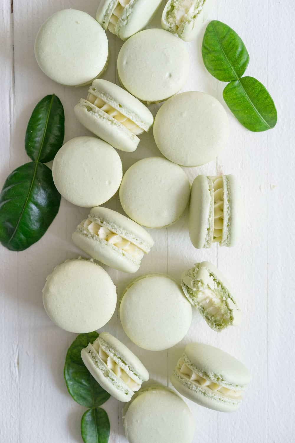 Kaffir Lime Macaron - a shell filled with a delicately infused kaffir lime german buttercream #kaffirlime #macarons #germanbuttercream