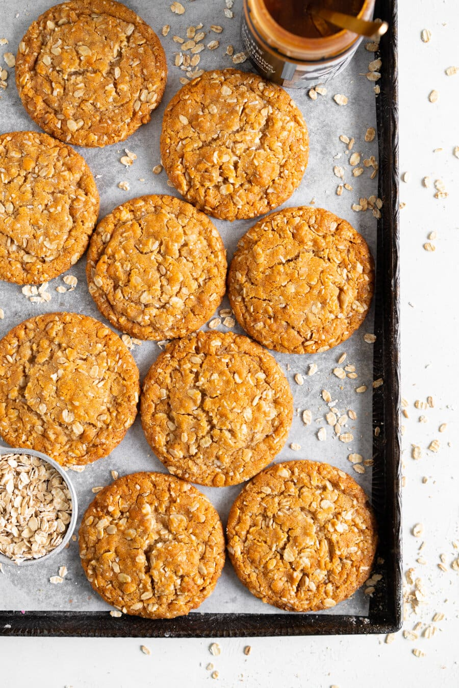 Brown Butter Anzac Biscuits - these traditional Anzac biscuits are chewy and oaty, and are made with brown butter and honey for a perfect depth of flavour. This is a quick Anzac biscuit recipe, and is perfectly soft and chewy.