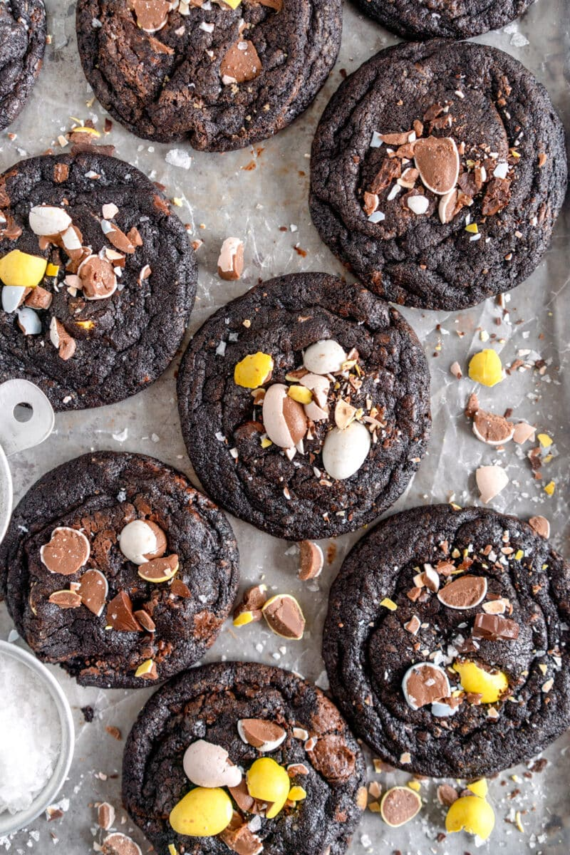 black cocoa chocolate chip cookies