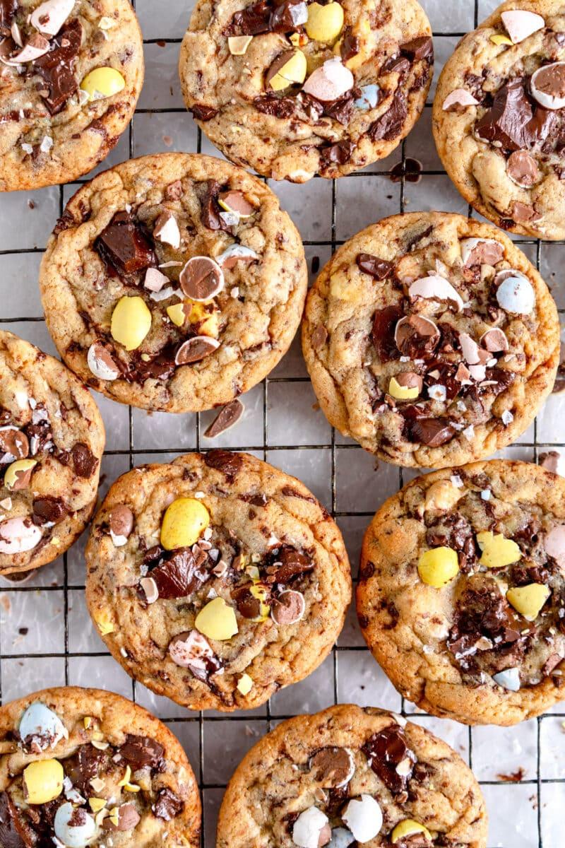 close shot chocolate chip cookies