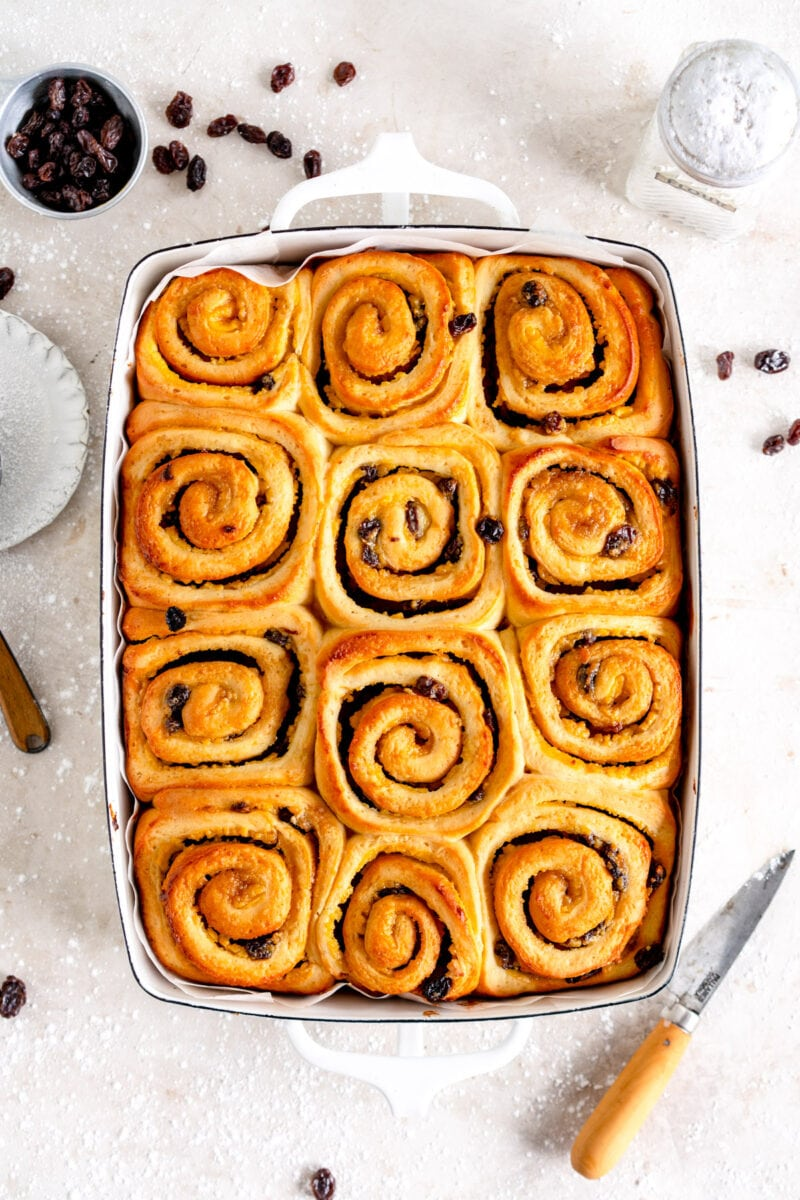 baked pan of chelsea buns